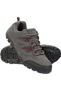 Zapatillas de Hombre, Pareja de Modelos al Aire Libre