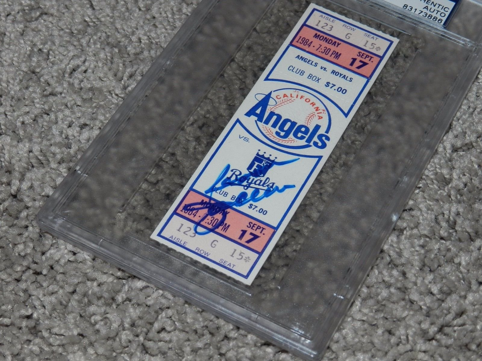 Reggie Jackson 9/17/84 Autographed Signed 500 Homerun Game Ticket Stub PSA/DNA