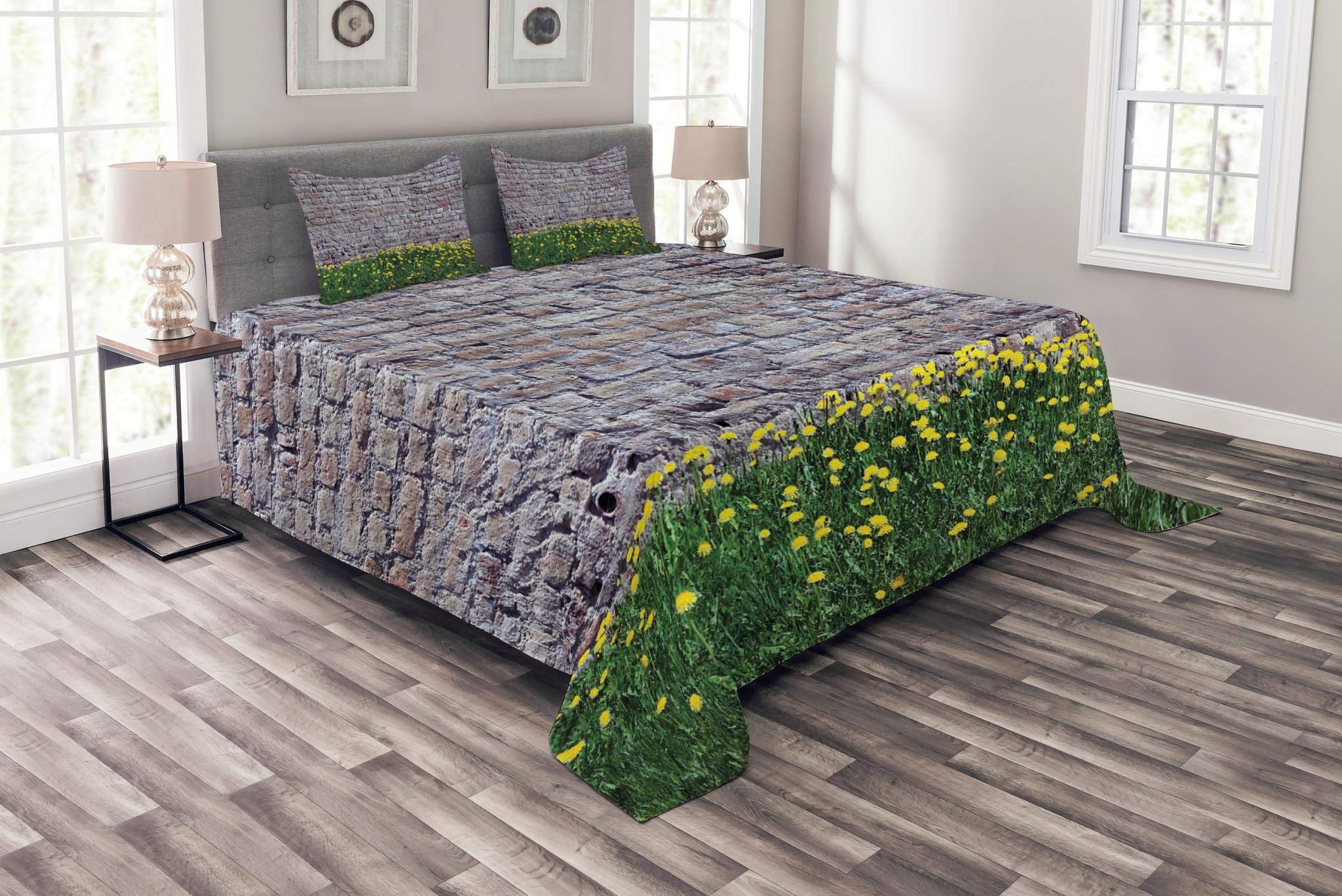 Lunarable Brick Wall Bedspread Set Queen Size, Dandelion Flowers with Old Grunge Style Brick Wall Meadow Natural Retro Pattern, Decorative Quilted 3 Piece Coverlet Set with 2 Pillow Shams, Multicolor