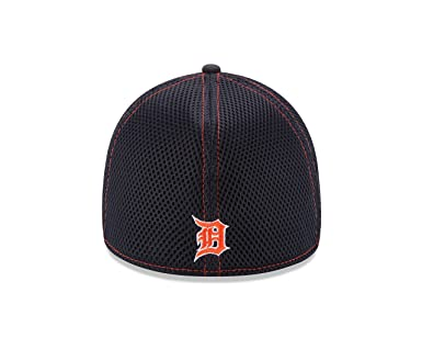 new product fa41f 7d14a Amazon.com   New Era MLB Neo 39THIRTY Stretch Fit Cap   Sports   Outdoors