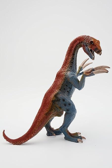 Try These Jurassic World Dinosaur Toys {Mahindra Racing}