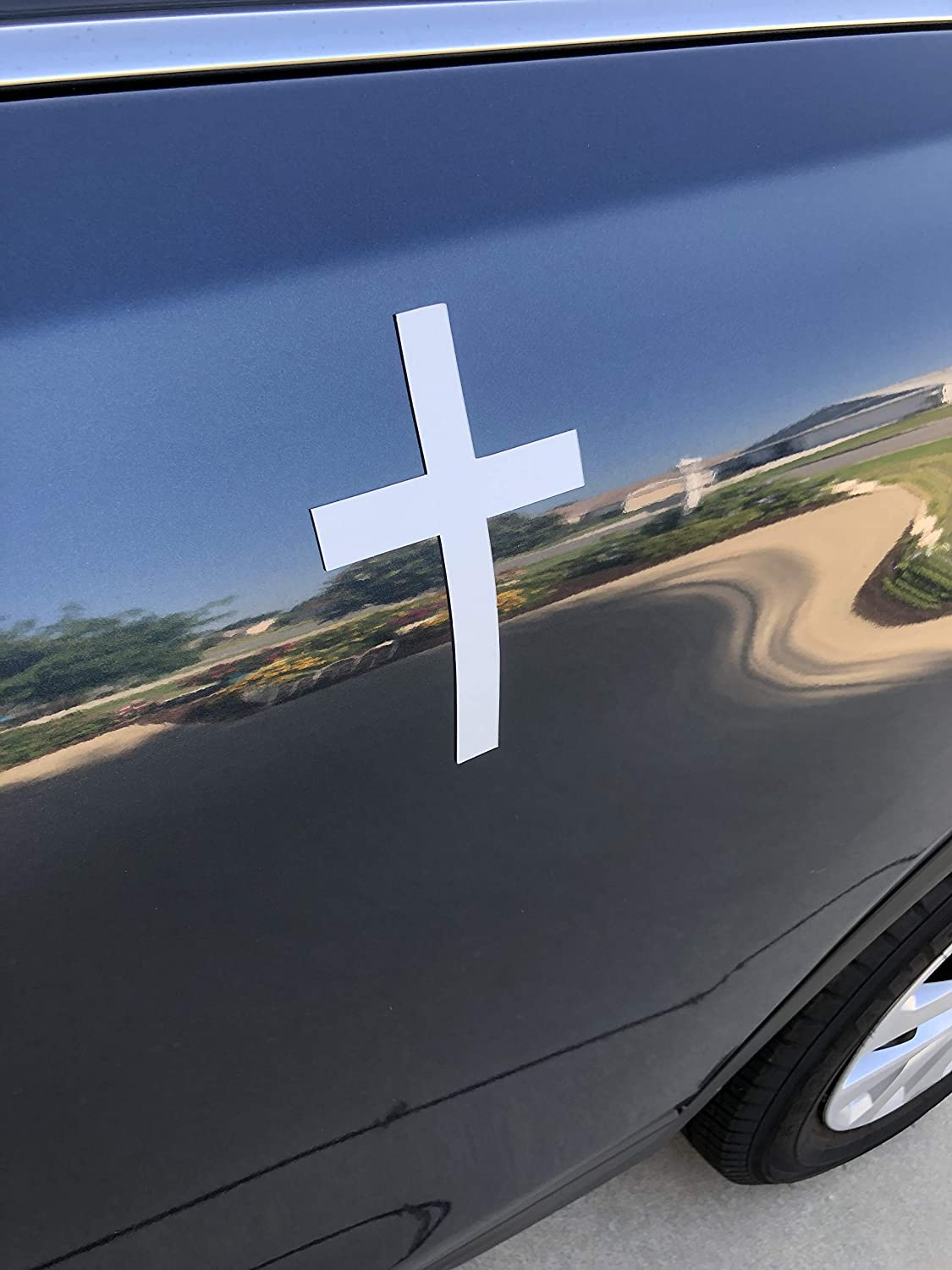 """Soft Car /& Truck Magnet Size 4/"""" x 6/"""" Magnetic Backed Vinyl Yet Very Sturdy DCentral Cross Solid Easily re-positioned."""