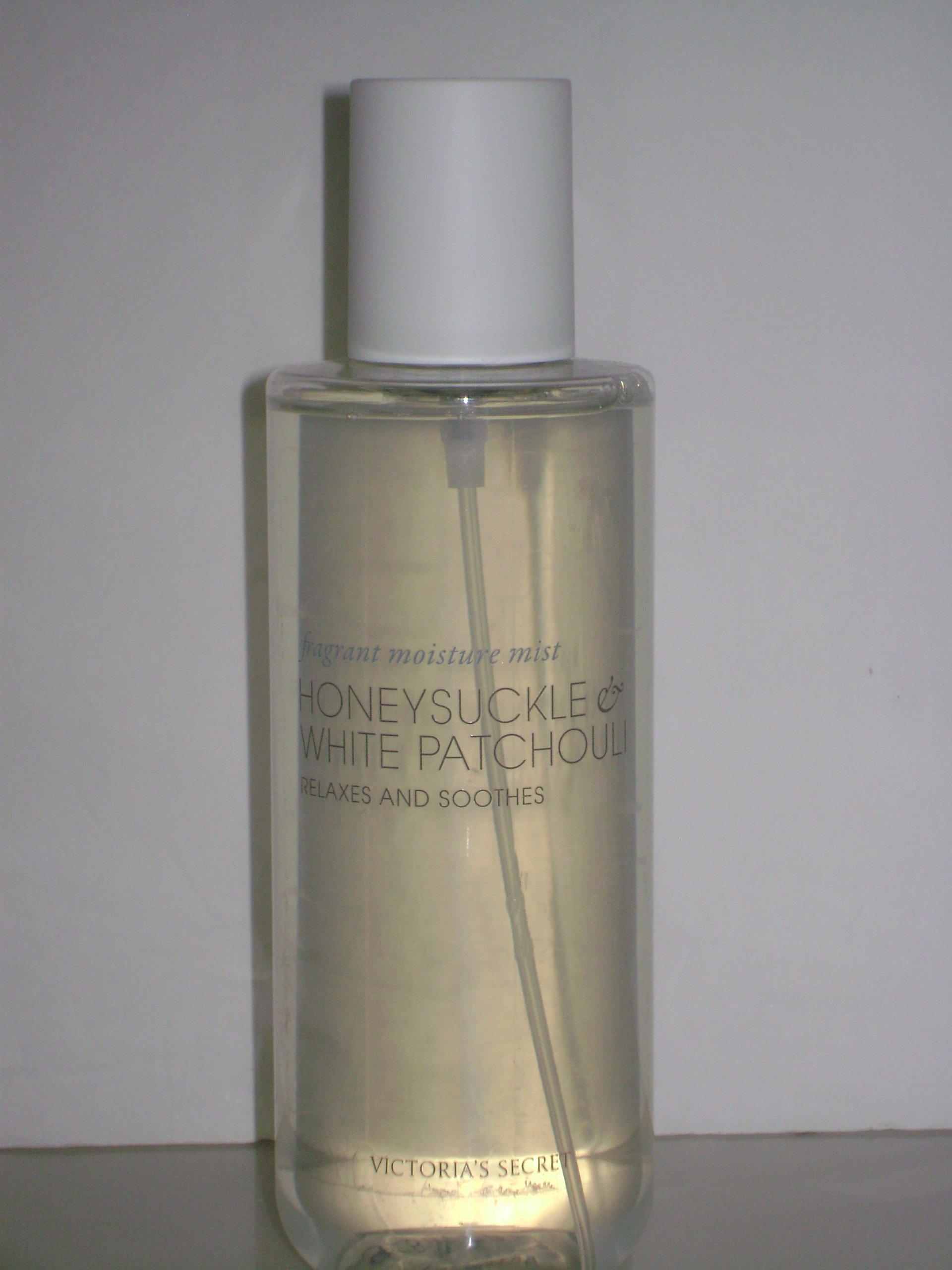 Victoria Secret Naturally Honeysuckle & White Patchouli Fragrant Moisture Body Mist