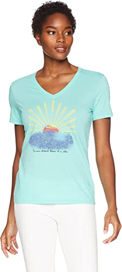 Life is Good Womens Sun Doesnt Know Cool Vee Tee