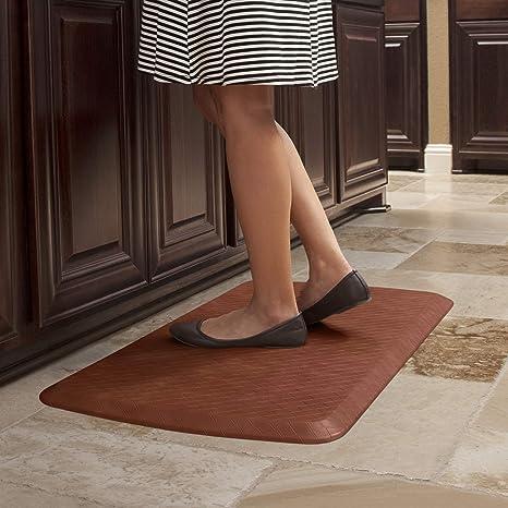 Amazon Com Gelpro Anti Fatigue Ergonomic Gel Foam Floor Standing Comfort Non Slip Cushioned Kitchen Mat Or Standup Desk Pad 20 X 32 X 5 8 Basketweave Chestnut Kitchen Dining