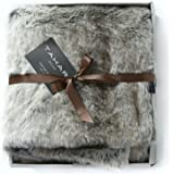 Tahari Mink Faux Fur Throw Luxury Silky Soft Blanket in Cream White (Tan Coyote)
