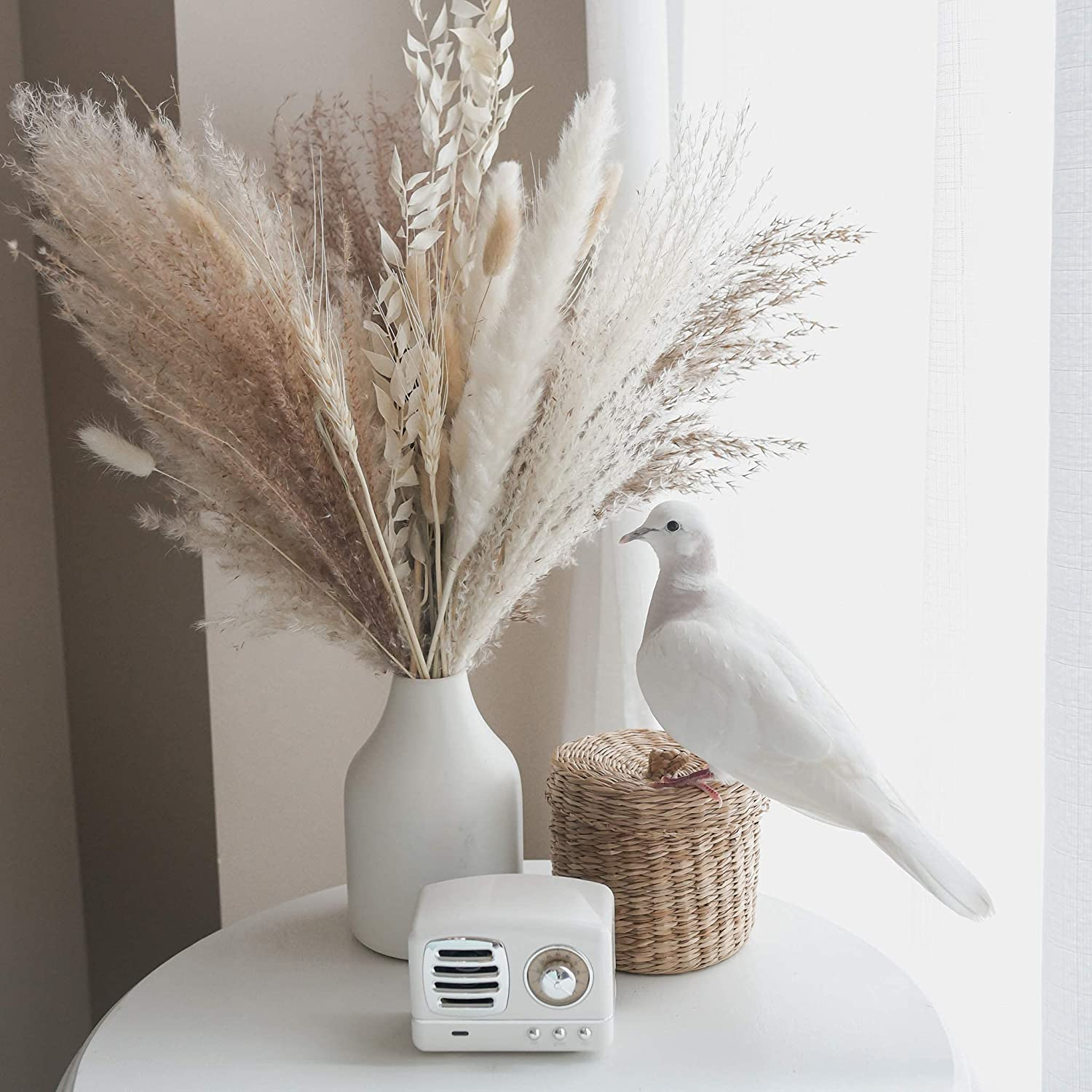 Calliope Creations - Dried Pampas Grass | Premium Dried Bouquet with Naturally Dried Pampas | Long-Lasting Dried Flowers Bouquet for Boho Home Decor and Boho Wedding Decor – 30 Stems (White and Beige)