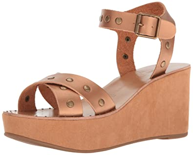 6f483095a Chinese Laundry Women s Ozzie Burnished Wedge Sandal