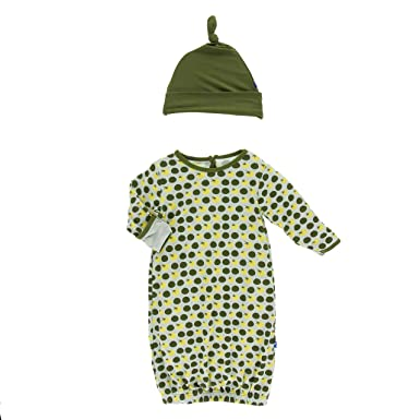 d564b7a61 Amazon.com  KicKee Pants Baby-girls Newborn Print Gown and Knot Hat ...