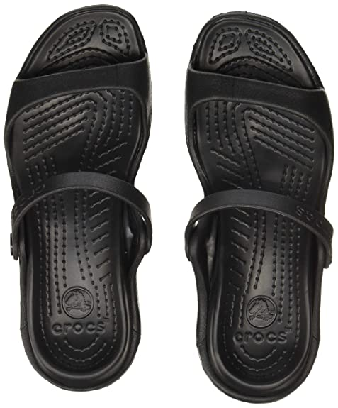 fd59fc8dbc3 crocs Women s Cleo Fashion Sandals  Buy Online at Low Prices in ...