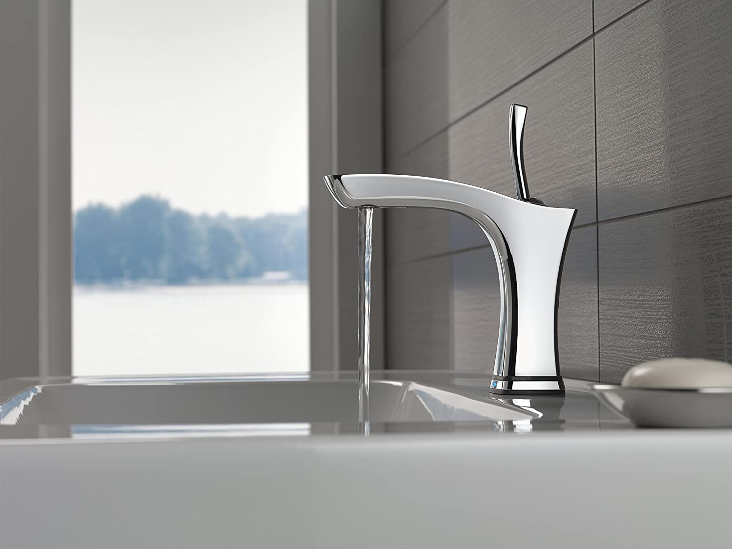Delta Faucet 552TLF Tesla Single Handle Bathroom Faucet with ...
