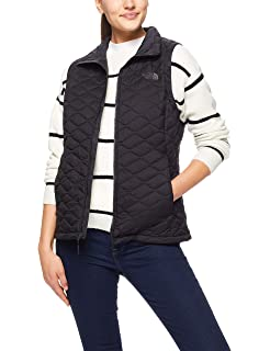 c08e23cc5f1c The North Face Women s Thermoball Vest at Amazon Women s Coats Shop