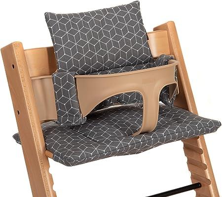 COMODIDAD: tanto el cojín para el asiento como el del respaldo está bien acolchados, para que su beb