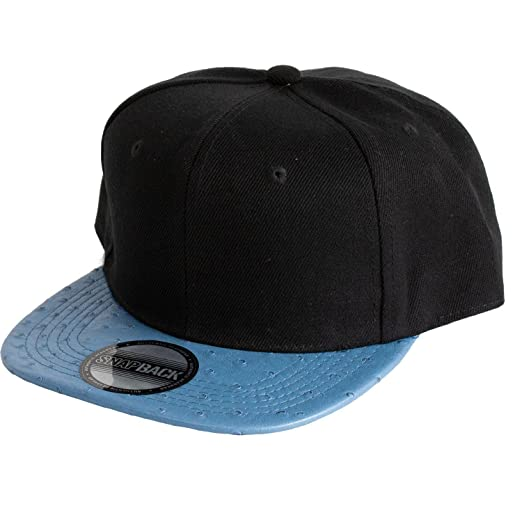 7cbef6587e7 Levine Hat Co Animal Print Hip Hop Snap Back Baseball Cap (Blue Ostrich) at  Amazon Men s Clothing store