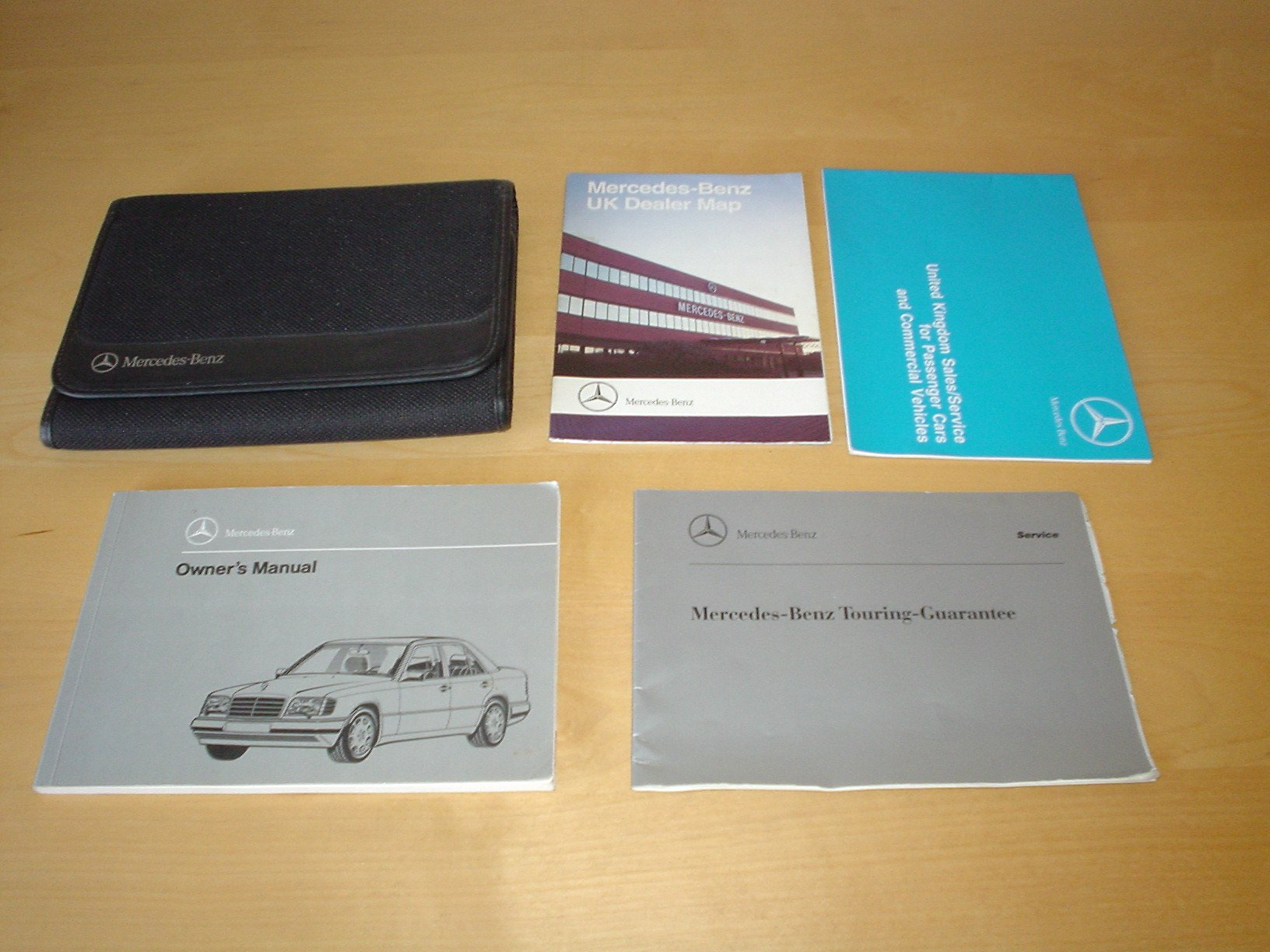 MERCEDES BENZ W124 OWNERS MANUAL HANDBOOK (1985 - 1997) - E200 E220 E280  E300 4MATIC E320 E420 E500 (E 200 220 280 300 320 420 500) - OWNER'S HAND  BOOK ...