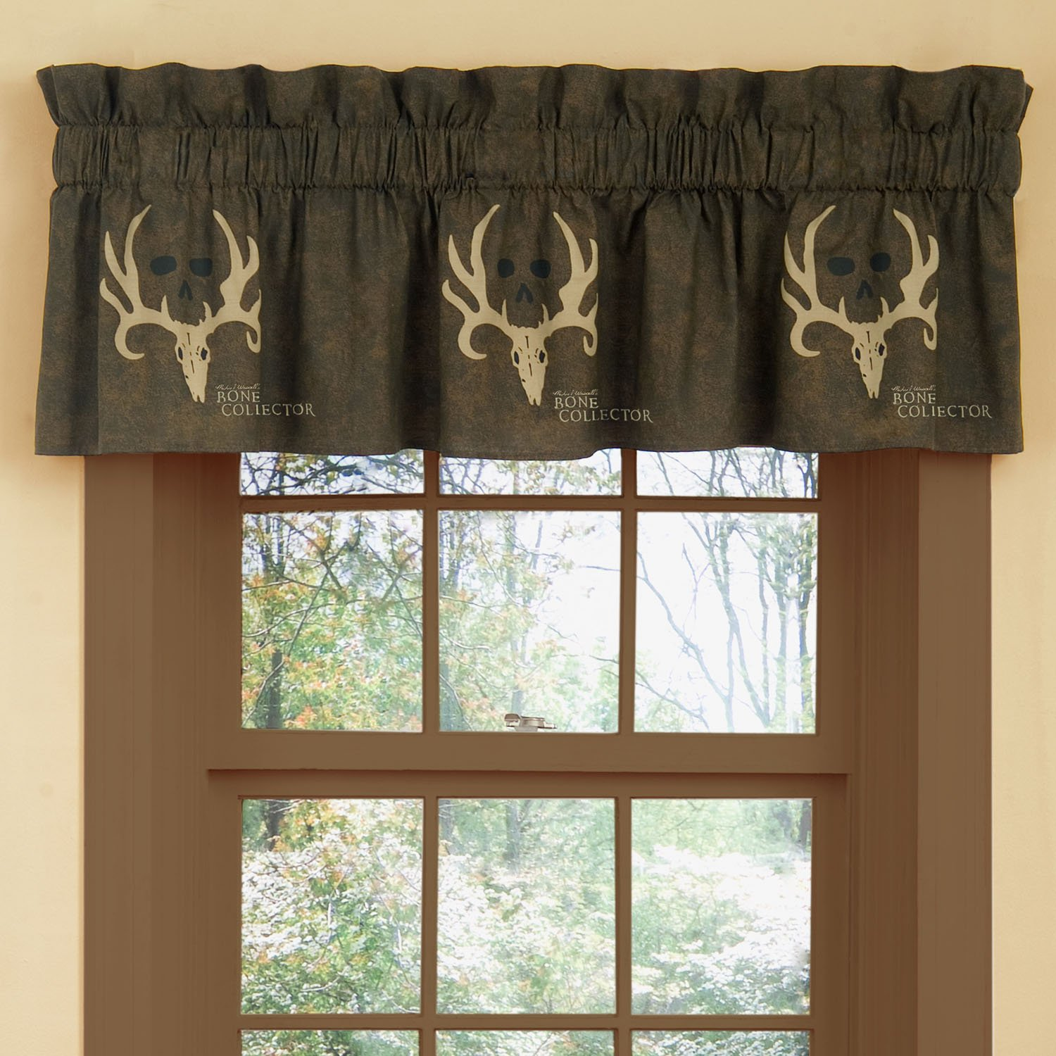 Bone Collector Valance - Brown with Deer Skulls