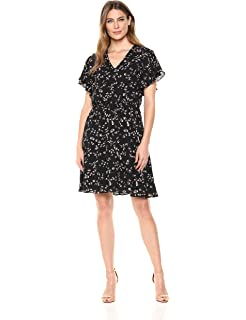 eb7d249f3a Amazon.com  Lark   Ro Women s Knit Fit and Flare Shirt Dress with ...