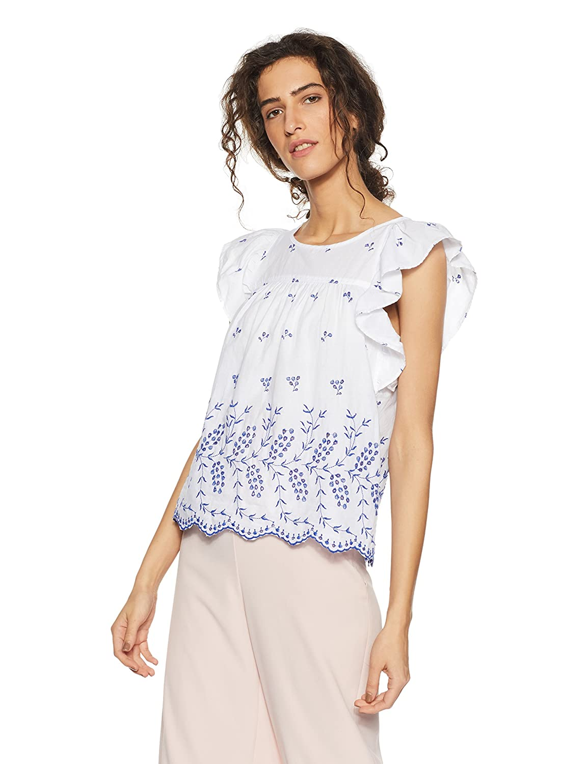 8d409d5f797 GAP Women's Eyelet flutter sleeve top: Amazon.in: Clothing & Accessories