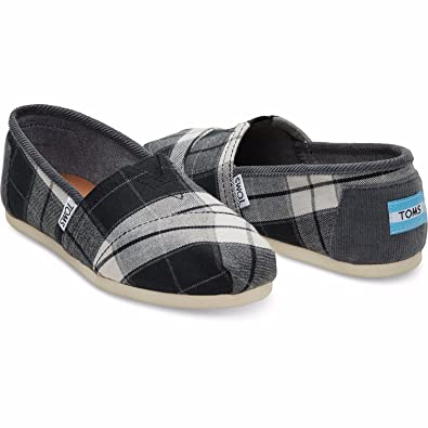 c92188624310 Amazon.com | TOMS Seasonal Classics Black/White Plaid Women's Slip on Shoes  6 B(M) US | Fashion Sneakers