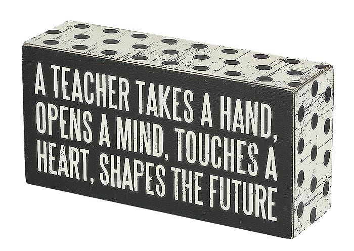 The Best Teacher Desk Decor