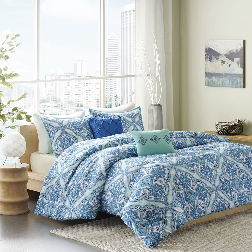 Intelligent Design Lionna 4 Piece Comforter Set, Blue, Twin/Twin X-Large