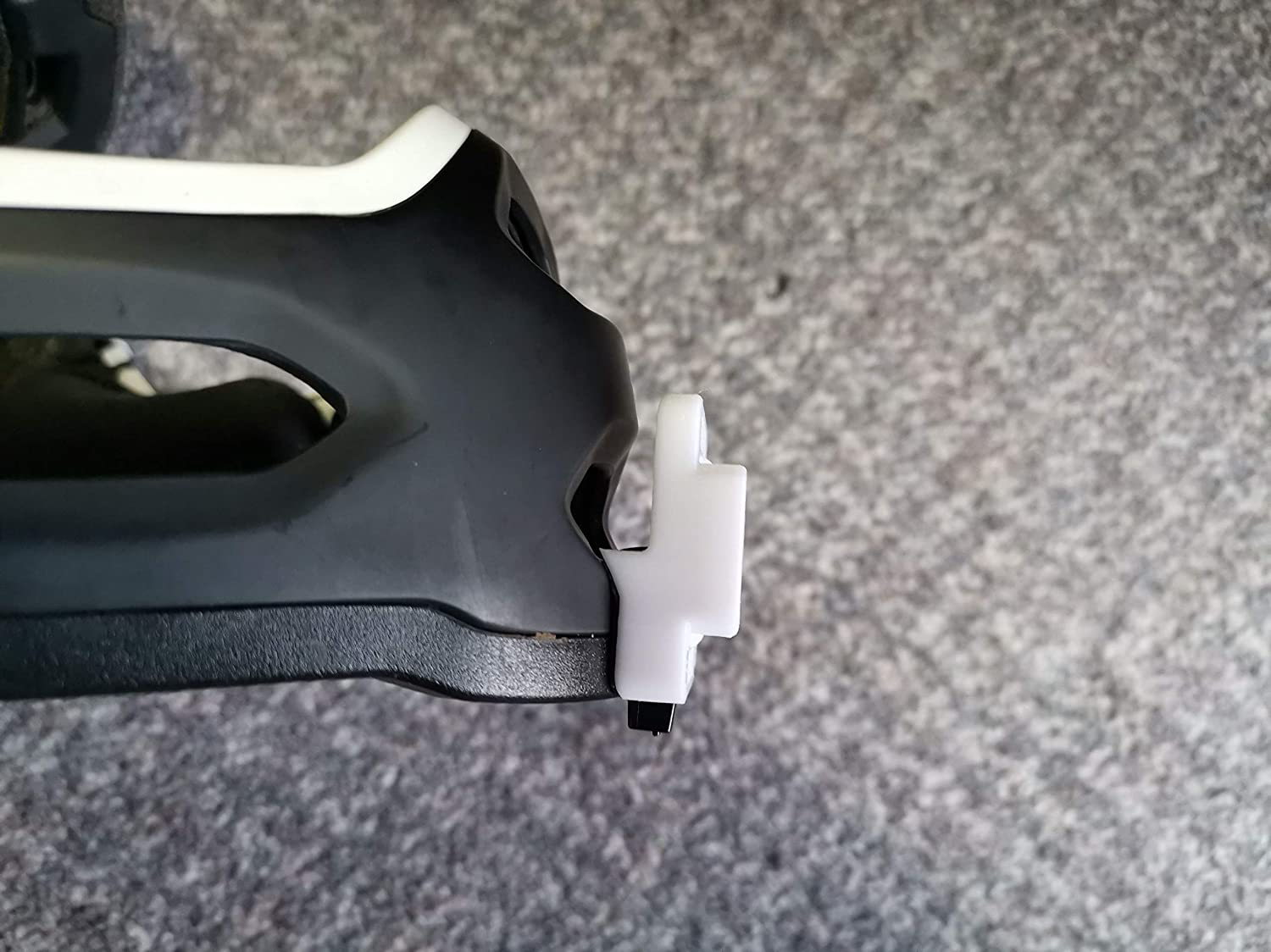 GoPro Style Chin Mount for Bell Super 2R//3R Helmets