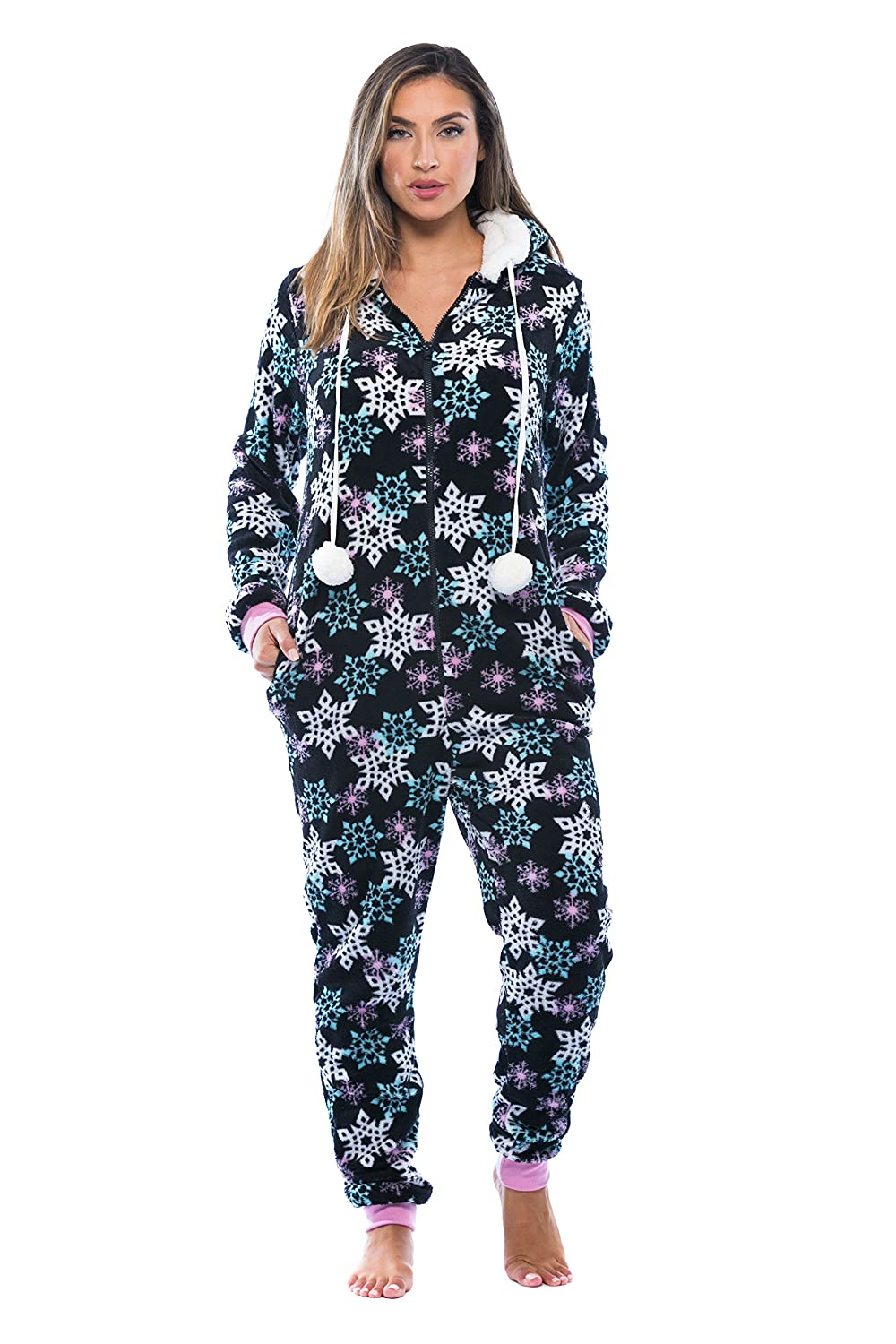 b1419e13c Amazon.com  Just Love Adult Onesie   Pajamas Black - Snowflake Small ...