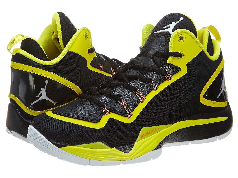 hot sale online 30c6a 88e42 Amazon.com   Nike Jordan Super Fly 2 Men s Basketball Shoes Size US 12,  Regular Width, Color Black Yellow   Basketball