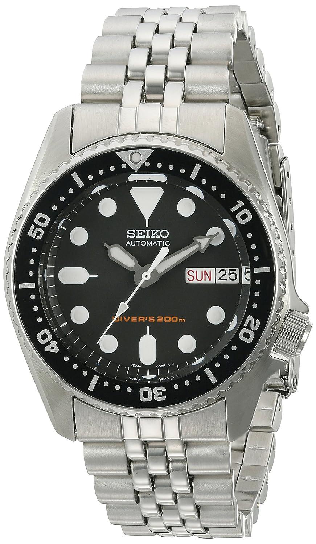 Amazon.com  Seiko SKX013K2 Black Dial Automatic Divers Midsize Watch   Watches 37ac2de859