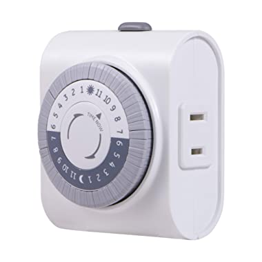 GE 24-Hour Indoor Plug-in Mechanical Timer, Big Button for Easy Programing, 1 Polarized Outlet, 30 Minute Intervals, Daily On/Off Cycle, for Lamps, Portable Fans, Seasonal Lights, 15076