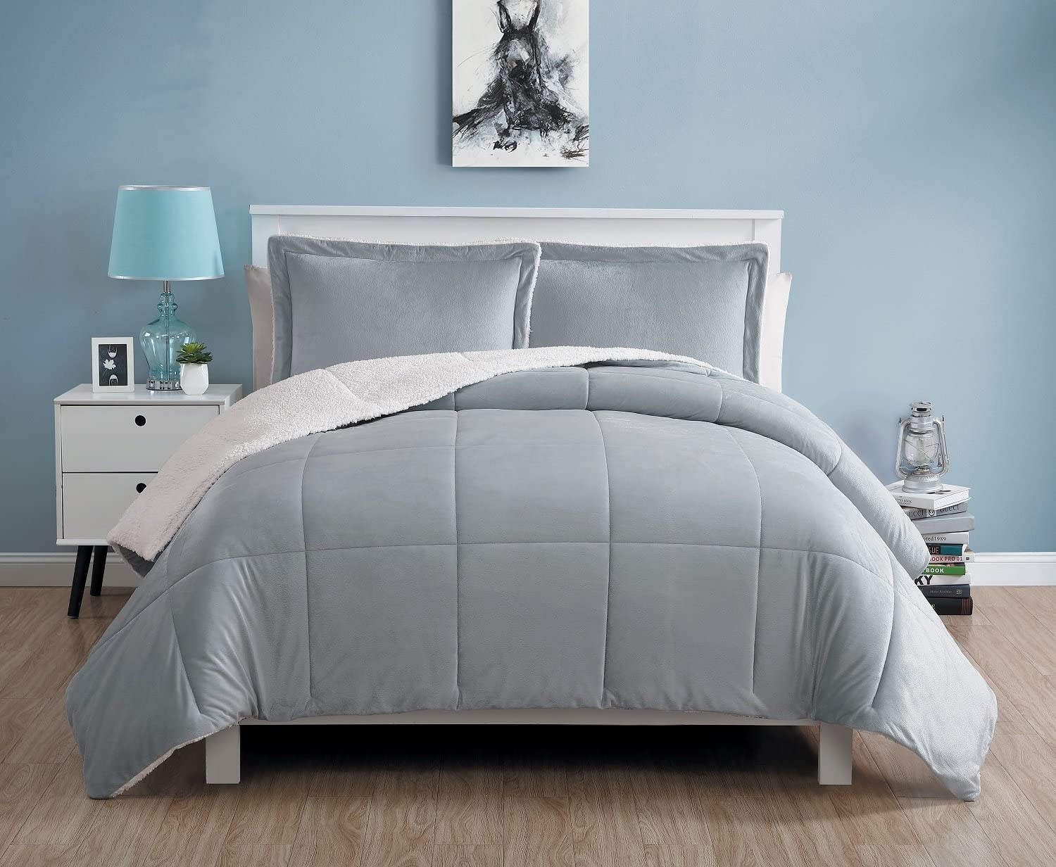 VCNY Home Micro Mink Reversible 3-Piece Warm Sherpa Comforter Set, King, Grey