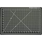 "Dahle Vantage 10671 Self-Healing Cutting Mat, 12""x18"", 1/2"" Grid, 5 Layers for Max Healing, Perfect for Cropping, Sewing, & Crafts, Black"