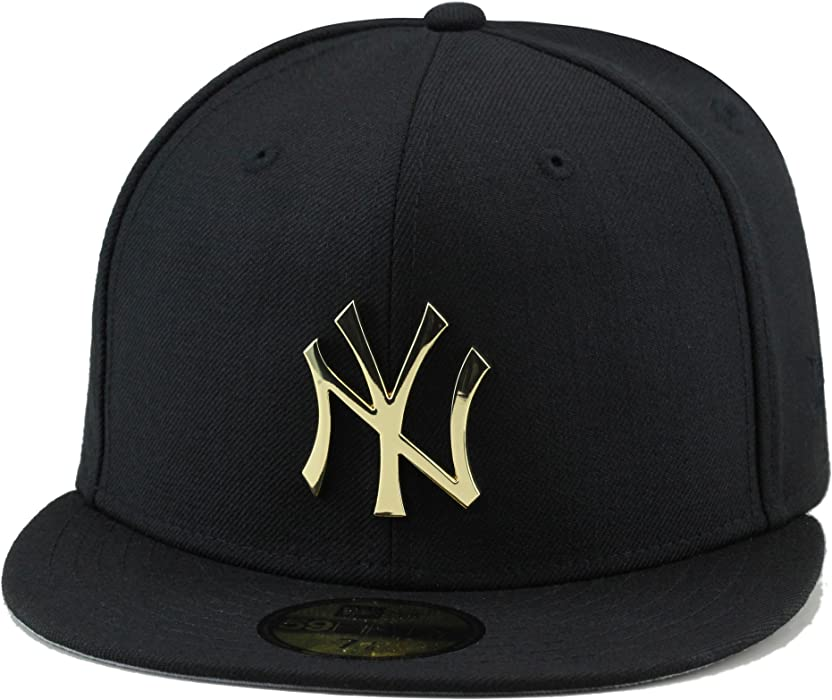 04b5e77c67 New Era Men s New York Yankees Fitted Hat Black Gold Metal Badge (7 ...