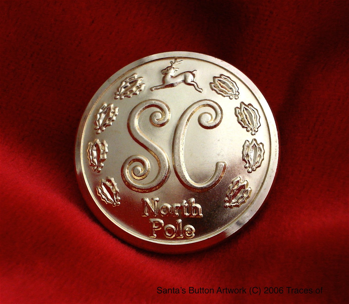 Santa's Button Traces of SB001