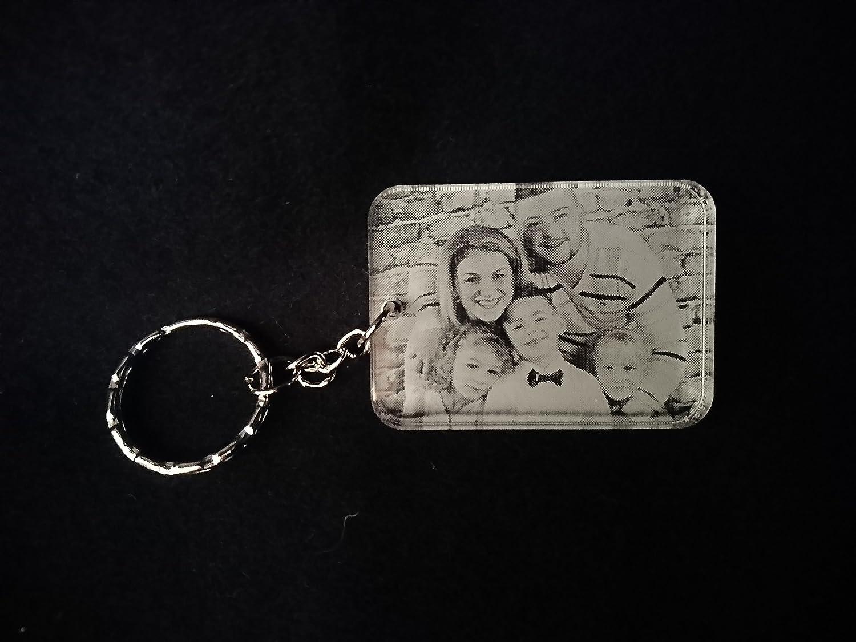 porte clé personnalisé avec la gravure photo de votre choix idée cadeaux fête des mère , papa maman , mamie papy ......