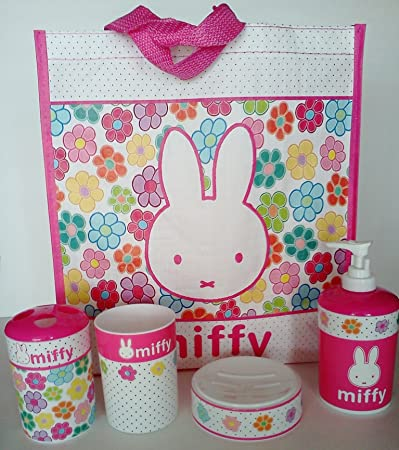 Amazon Com Miffy Bunny Rabbit Girls Bath Accessories Set Beauty
