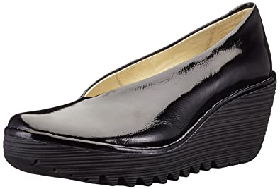 3f6745c4715f Fly London Women s Yaz Wedge Shoes  Amazon.co.uk  Shoes   Bags