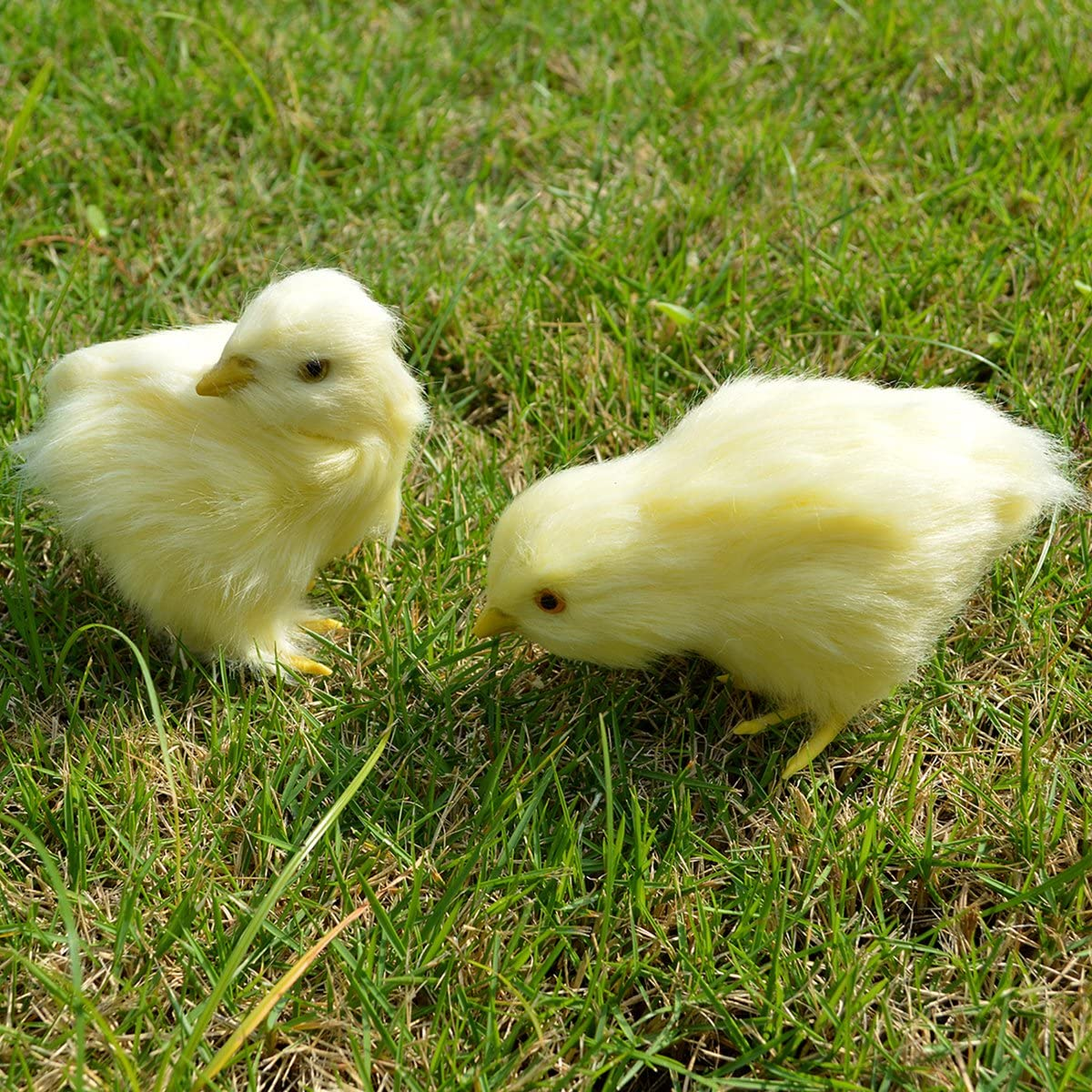 2pcs Spring Easter Chick Decor - Realistic Eat Fly Yellow Baby Chick Lifelike Furry Chicken Figurine Rabbit Fur Plush Animal Toy Easter Holiday Decoration Prop Photography (Eatting + Looking Back)