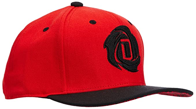 adidas NBA Derrick Rose Snapback Baseball Cap - OSFA  Amazon.co.uk  Sports    Outdoors c930c27a13e4
