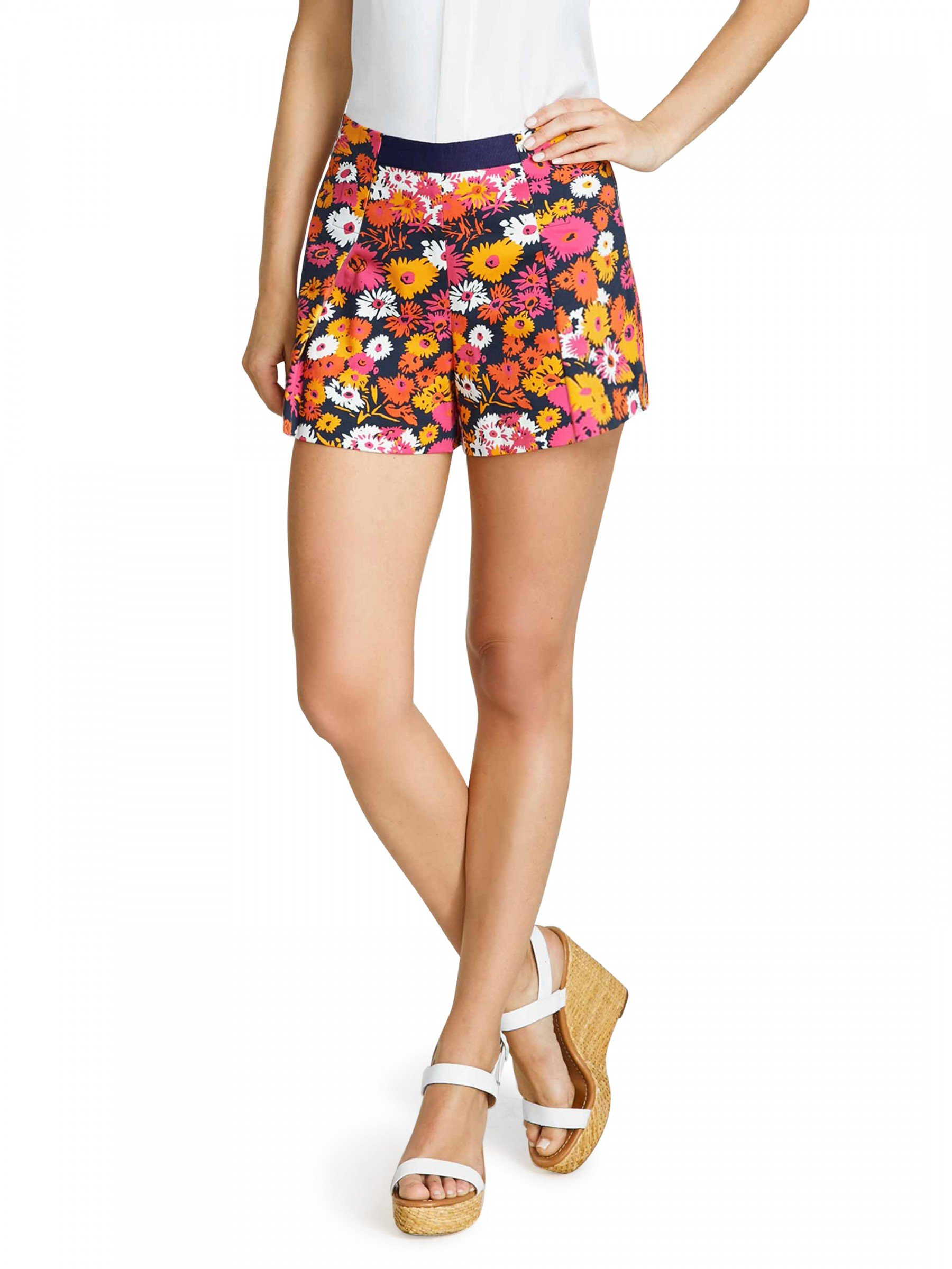 Draper James Women's Darlin' Daisy Sailor Short, Size 8 by Draper James (Image #1)