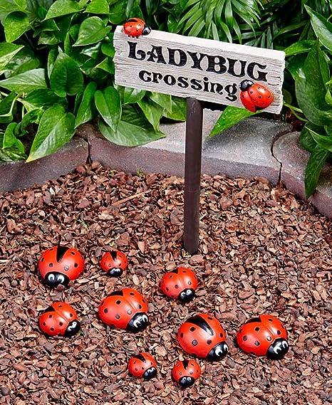 Etonnant Ladybug Garden Decor Set