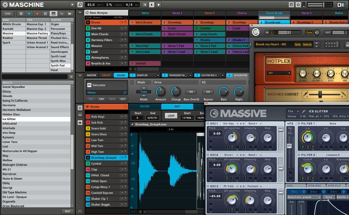 Native Instruments Maschine Mikro MK2 Groove Production Studio, Black by Native Instruments
