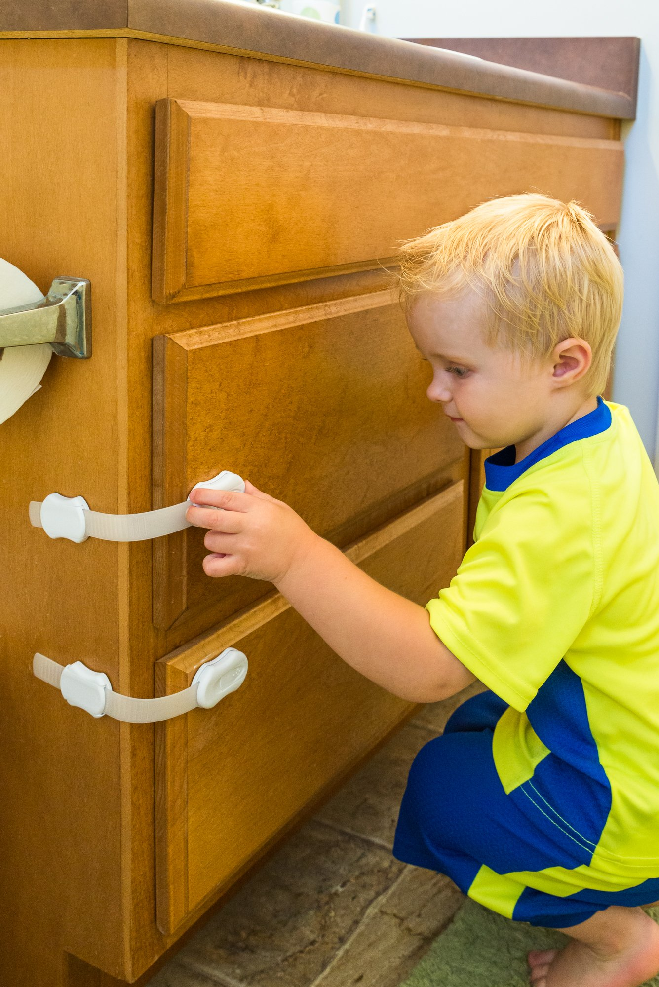 Adjustable Child Safety Locks By DOMOVOI - Ideal For Child Proofing Your Whole Home – Cabinets, Toilet Seats, Doors, Drawers & All Appliances – Durable Material Construction – Extra 3M Tapes by DOMOVOI (Image #8)
