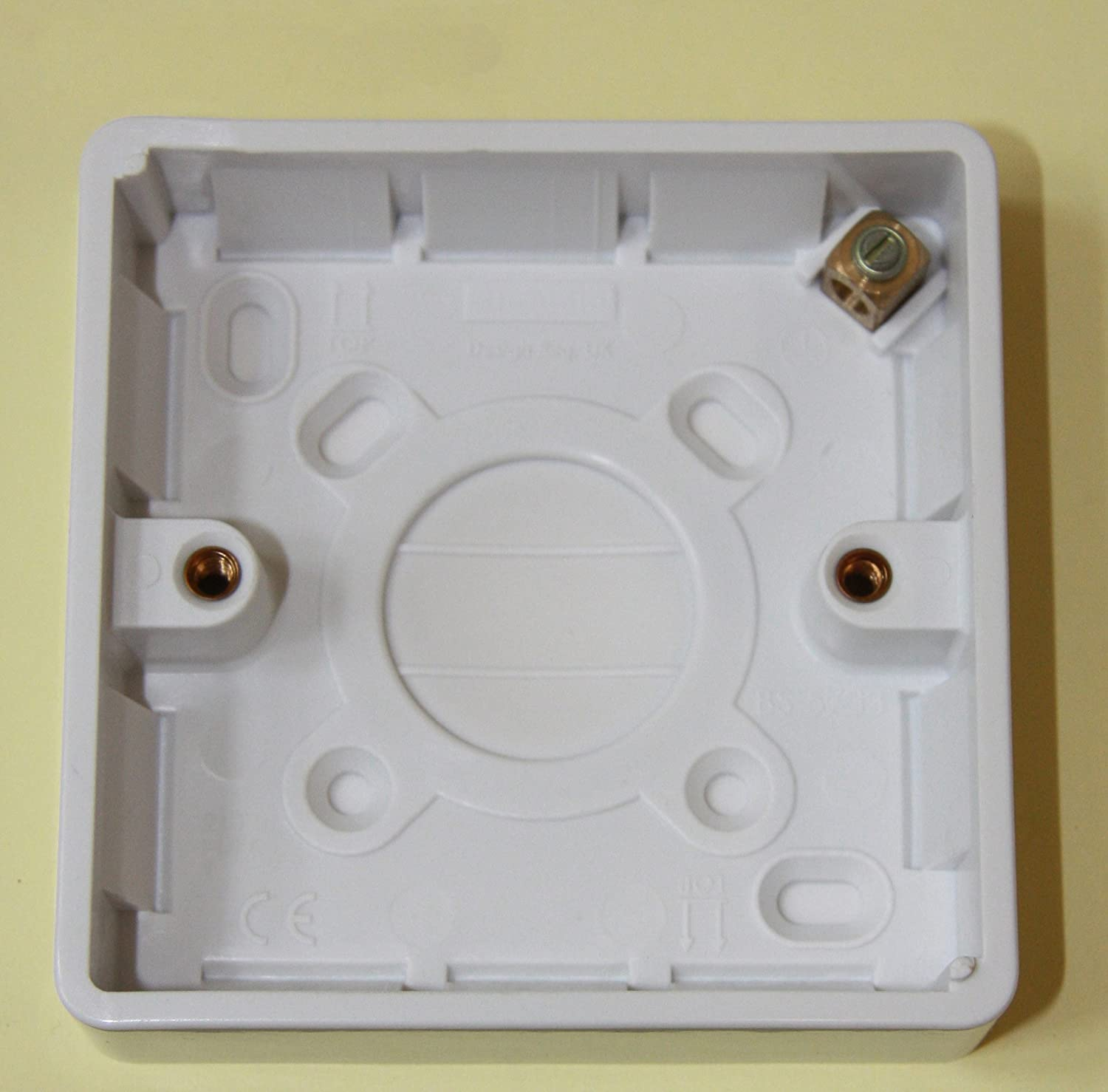 Legrand Synergy - 7364 03 - Moulded Surface Mounted 1 Gang 16mm Deep Box