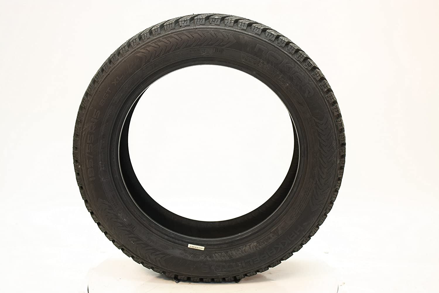 185//65R14XL 90T Nokian Hakkapeliitta 8 All-Season Radial Tire