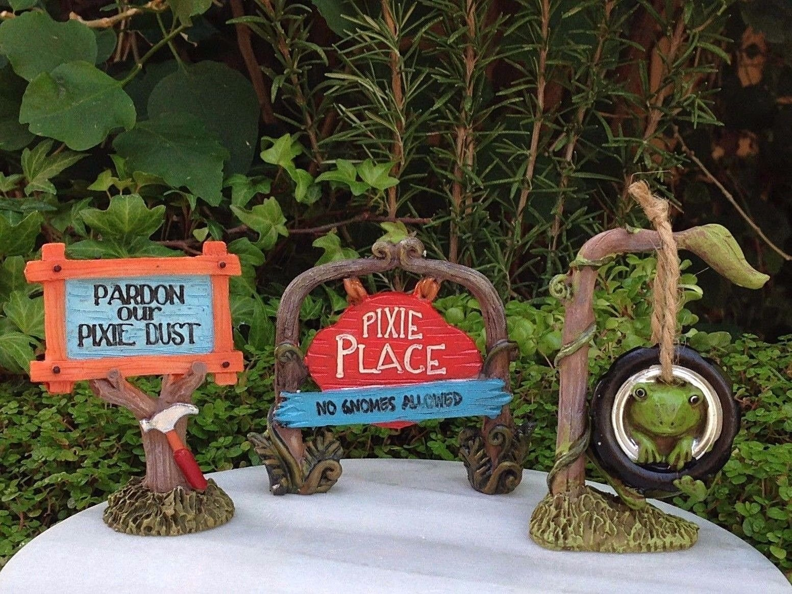 Miniature Dollhouse Fairy Garden Set 3 Enchanted Forest Signs Tire Swing