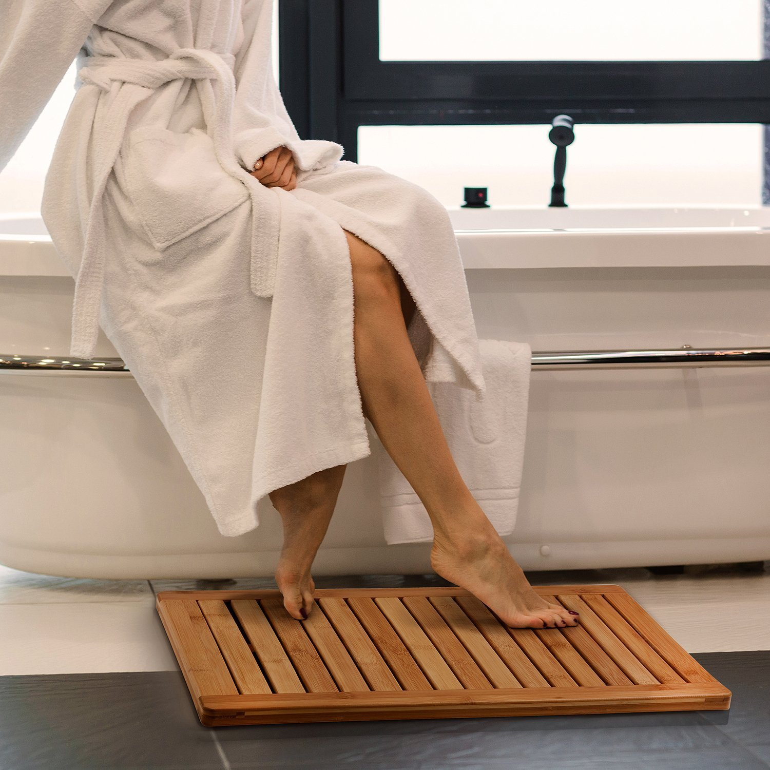 Bamboo Shower Seat Bench with Bathroom Floor Mat for Indoor and Outdoor Decor, Made of Natural Moso Bamboo, Ideal for Home Spa, Shower, and Outdoor Seating in your Garden. By Bambusi