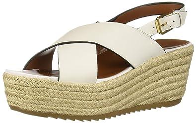 326ecf4436 Amazon.com | Naturalizer Women's Oak Espadrille Wedge Sandal ...