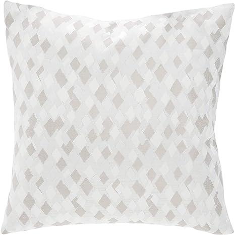 Amazon Com Michael Amini Distinctive Bedding Designs Throw Pillow Linen Home Kitchen