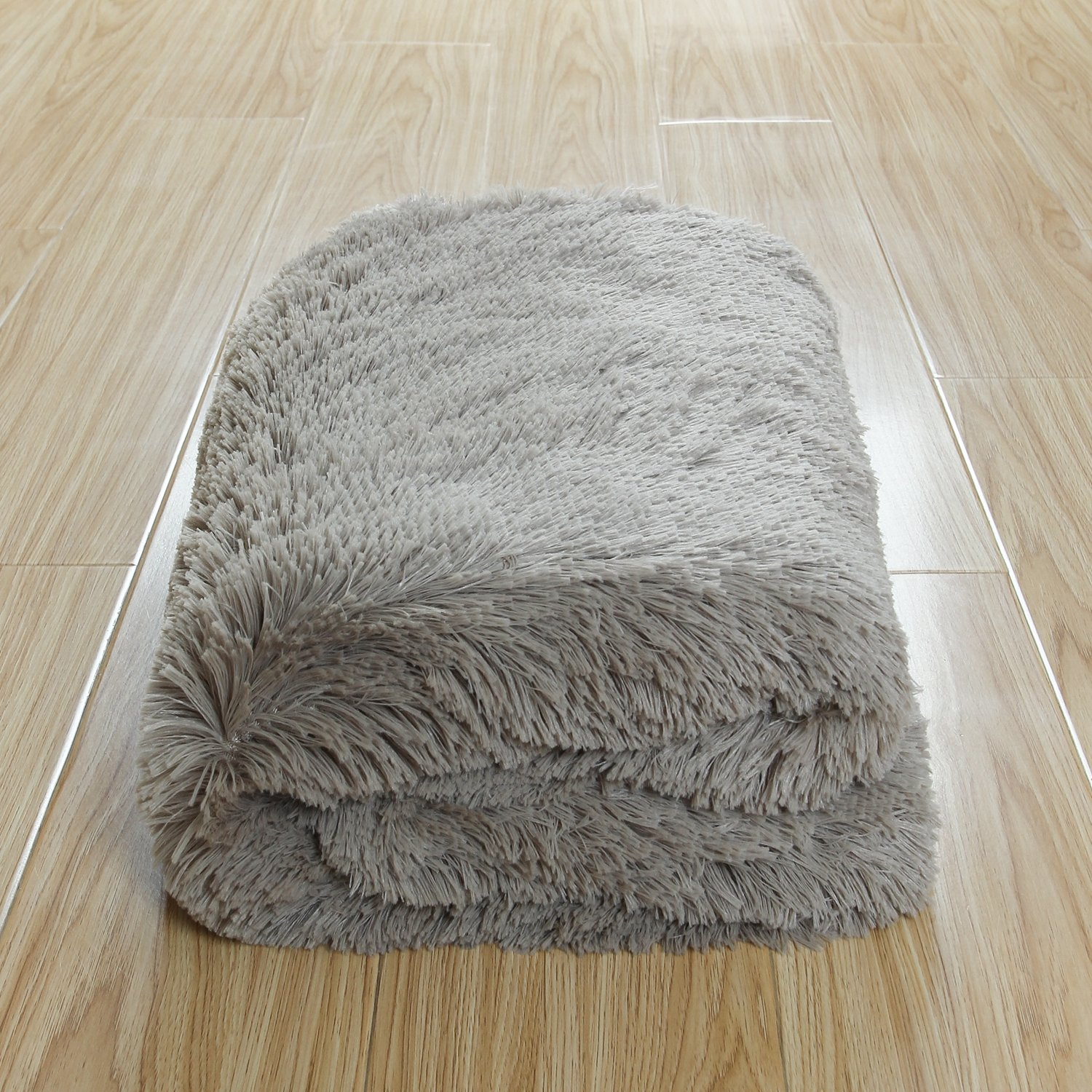 Ltd DSM060P CaliTime Super Soft Blanket Throw for Couch Sofa Bed Elegant Cozy Plush Warm Faux Fur Solid Color 60 X 80 Inches Gold Qingdao PT Trading Co